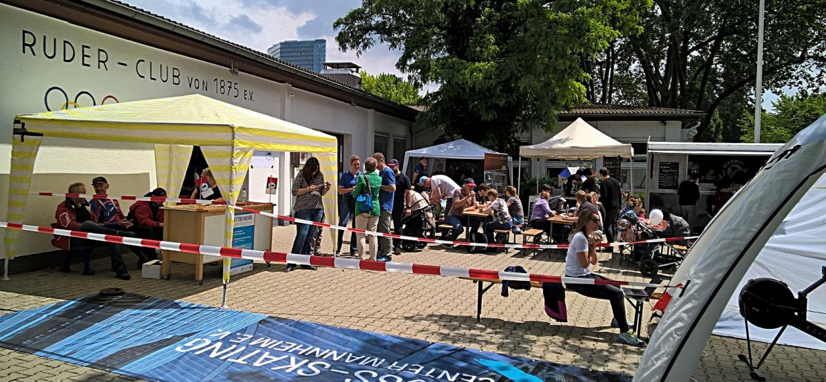 Ruder-Biathlon auf dem 1. Mannheimer Rheinpromenadenfest