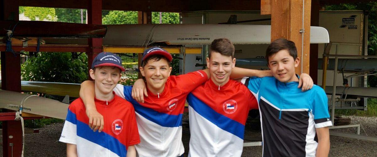 4 Jugendliche der Ruderjugend im Trainingslager